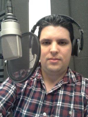 Alexis Boentes, periodista radial de Cuba